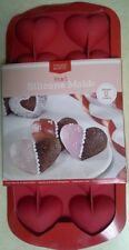 New! Chicago Metallic Heart Silicone Baking Mold Makes 12 Treats Valentines