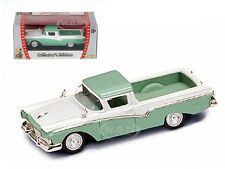 1957 FORD RANCHERO GREEN 1/43 DIECAST MODEL CAR BY ROAD SIGNATURE 94215