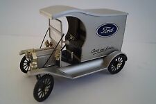 Universal Hobbies Modellauto 1:18 Ford T Modell Party and Service