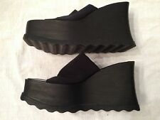 "Steve Madden Sleeper Black Fabric Size 8: 4 3/8"" Heel Slide On"