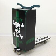 Sidewalk Screamer Skate Crate Large