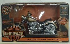 RC2  HARLEY DAVIDSON 2004 FAT BOY MOTORCYCLE 1:18 SCALE