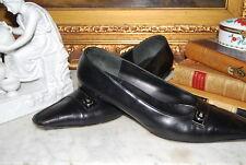 SALVATORE FERRAGAMO BLACK LEATHER SILVER LOGO PLAQUE PUMPS HEELS SHOES SIZE 8 B