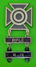 Army Sharpshooter Marksmanship Badge with RIFLE & M-14 Qualification Bars  1116