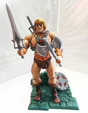 HE-MAN • C8-9 • MASTERS OF THE UNIVERSE CLASSICS
