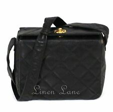 CHANEL Diamond Quilted Purse BLACK Crossbody Leather CLASSIC Handbag Gold Square