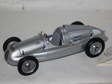 Auto-Union Typ D 1938 silber 1:18 Top Zustand CMC M-027 mit  OVP