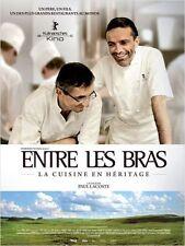 Affiche Pliée 120x160cm ENTRE LES BRAS La Cuisine En Héritage - Lacoste NEUVE