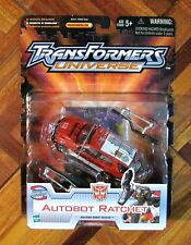 TRANSFORMERS UNIVERSE AUTOBOT Ratchet MOSC NEW RATCHET FIGURE #2
