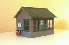 LGB & G SCALE RESIN SIGNAL BOX KIT BRAND NEW & UNBUILT IN BAG