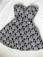 BEBE LACE SERENA HOOK EYE BODICE BUSTIER STRAPLESS FIT FLARE DRESS NEW MEDIUM M