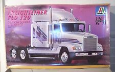 ITALERI FREIGHTLINER FLD SEMI TRUCK TRACTOR MODEL KIT BOXED 1/24TH SCALE BOXED