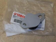 NEW OEM YAMAHA PIPE EXHAUST STAY BRACKET MOUNT YZ 250 YZ250 2004 2005 2006-2016