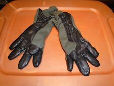 GENUINE US MILITARY COLD WEATHER FLYERS GLOVES HAU-15/P SIZE 9 MEDIUM NEW T-18