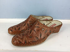 PINKOLINOS 39 8 mules slip on low wedge Excellent Brown laser cut leather career