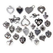 25pcs Antique Tibetan Silver Love Heart Charm Pendant DIY Jewelry Bracelet