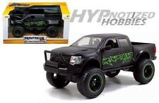 JADA 1:24 2011 FORD F-150 SVT RAPTOR WITH GREEN DECALS 97479-MJ