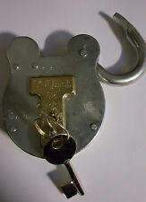 Squire 660 old english padlock 4 lever all weather pad lock shed gate home large