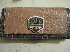 100% NEW w/Tags Guess JEANELLE SLG Large Wallet--White