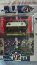 M2 MACHINES MODEL-KIT 1965 FORD ECONOLINE DELIVERY VAN R09 new