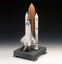 Revell 04736 Space Shuttle Discovery + Boos