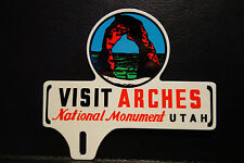 "License Plate Topper ARCHES NATIONAL MONUMENT UTAH  5 1/4"" H X 6"" W"
