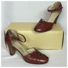 Vintage 1940s Brown Leather Strappy Spectator Oxford Heels.