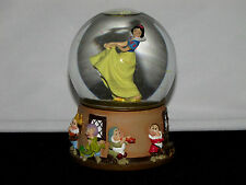 Enesco Snow White and 7 Dwarfs Musical Motion Snow Globe Waltz of the Flowers