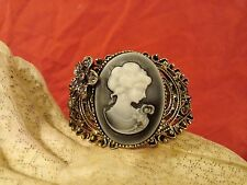 Vintage Bronze Carved Cameo Queen Statue Cuff Bangle Bracelet With Rhinestones