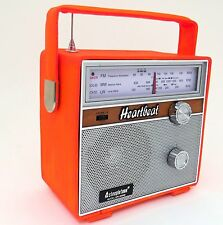 STEEPLETONE SRLM2002 Heartbeat 1960s Retro LW/MW/FM Portable Radio Leather Orang