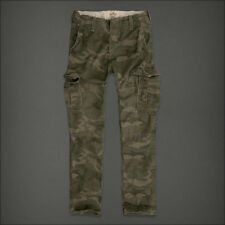 "Hollister Herren ""Classic Straight Fit"" Camo Cargo Hose Pants W30 x L30"