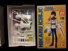 Vintage Macross Hikaru Ichijo AND Lynn Minmay model kits Imai 1/12