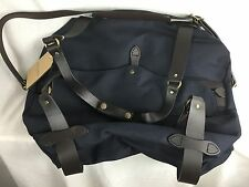 NEW FILSON  DUFFLE BAG MEDIUM CARRY ON TOTE 70325 OVERNIGHT WEEKEND LUGGAGE