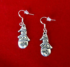 BUY 3 GET 1 FREE~SILVER FROSTY THE SNOWMAN WINTER DANGLE EARRINGS~CHRISTMAS GIFT