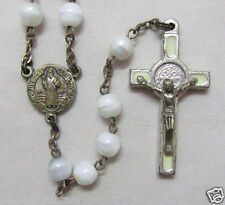 "† VINTAGE ""BENEDICT MEDAL"" ENAMELED CREAM & SNOW MILK WHITE AB GLASS ROSARY †"