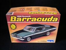 MPC 1969 Plymouth Barracuda 1/25 Kit
