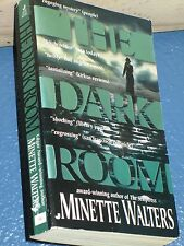 The Dark Room by Minette Walters *FREE SHIPPING* *  0515120456