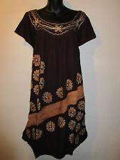 Dress fits L XL 1X Plus Brown Gold Batik Embroidery Smock Style Batik NWT 777