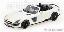 Brabus 700 Biturbo Roadster 2013 Pearl Whithe scala 1/18 107032130 Minichamps