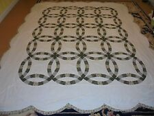 Nice Olive Green Double Wedding Ring Quilt