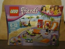LEGO Friends New 41099 Heartlake Skate Park 199 pcs Mini Figures Mia Dog Sealed