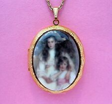 Porcelain Big & Little SISTERS CAMEO Locket Pendant Necklace for Birthday Gift