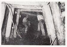 Z040) WW2, ALBANIA, MINATORI AL LAVORO NELLA MINIERA DI PRISKA.