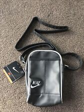 Nike Heritage Pouch Item Bag Black Exclusive Shoulder bag