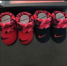 NWT Nike Baby Booties crib shoes Socks newborn 0-6 Months Infant