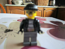 brand new robber, lego city 60046.