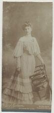 CAB Foto Berlin /  Junge Dame im schönen Kleid  um 1910 / Grossformat  (F447)
