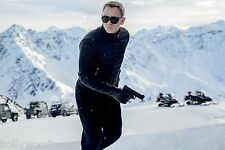 DANIEL CRAIG JAMES BOND 007 SPECTRE HECKLER & KOCH H&K VP9 GUN PHOTO POSTER NEW