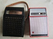 MAKE AN OFFER VINTAGE BULOVA AM 6 TRANSISTOR RADIO EXCELLENT SHAPE & WORKS GREAT