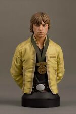 Gentle Giant Star Wars Luke Skywalker Hero of Yavin Mini Bust New